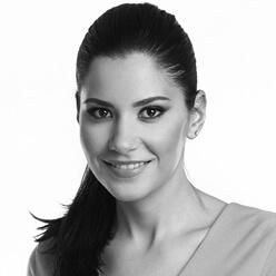 Roxana Puia
